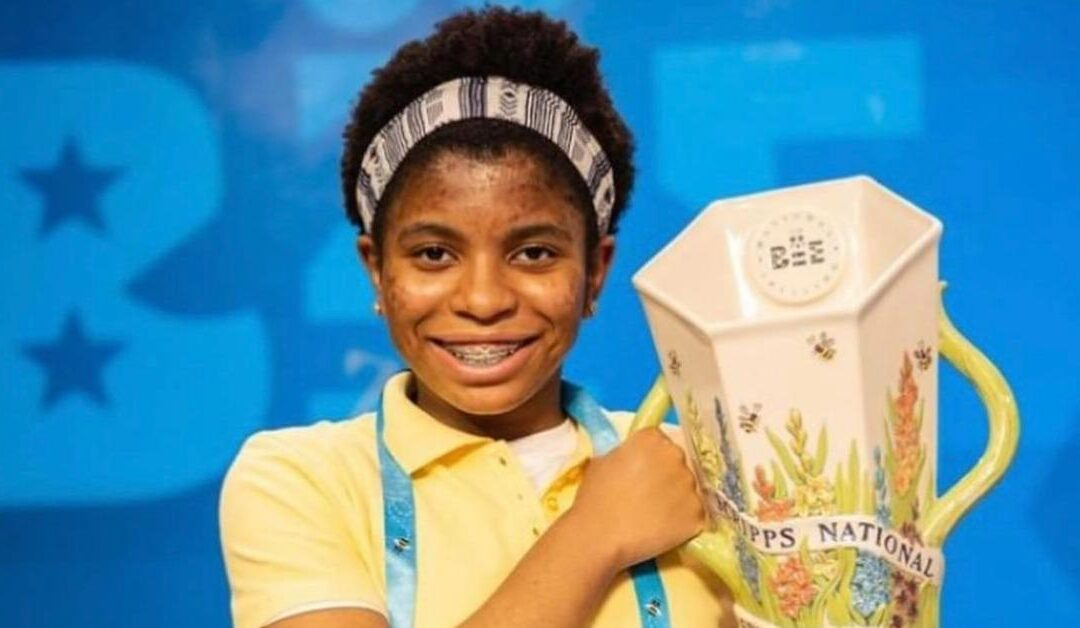 Zaila Avant-Garde Wins National Spelling Bee Takes Trophy After Just 2 Years' Practice